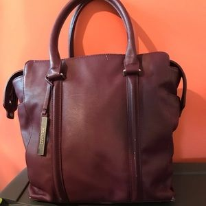 REACTION Kenneth Cole Tote